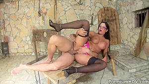 Curvy whore Angelica Heart gets nailed doggy style