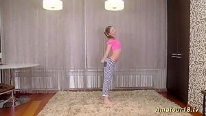 cute teen stretch her flexi body