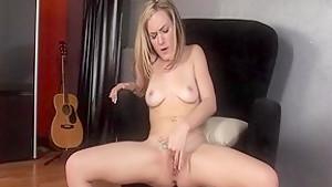 Amazing pornstar Taylor Dare in fabulous blonde, masturbation xxx video