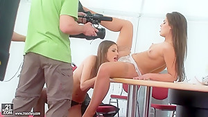 Hot Brunettes Defrancesca and Eufrat get naugthy
