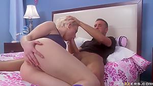 Keiran Lee gives rude spanking to Ash Hollywood