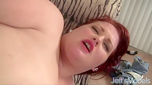 Huge honey gets a heapin' helpin' of cock