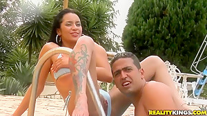 Latina girl Sandy is a really wild thing