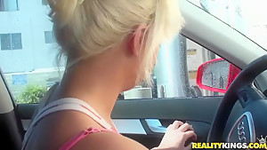 A sexy Aussie girl drives cruises around