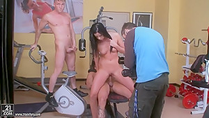 Brunette Larissa Dee fucks with two dudes